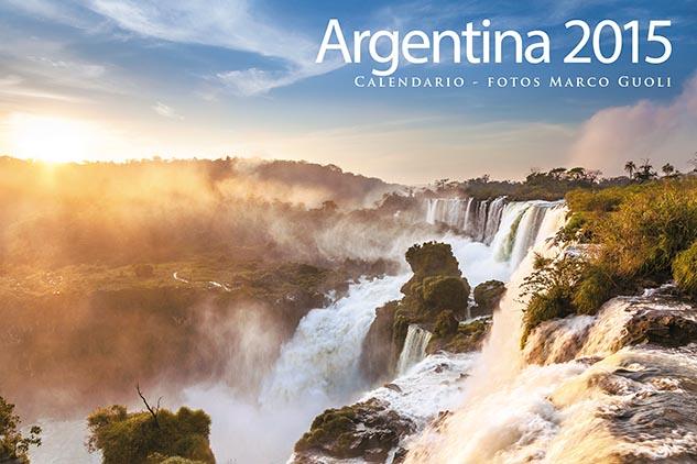 Tapa del Calendario Argentina 2015 con una imagen de Cataratas del Iguazú, Misiones