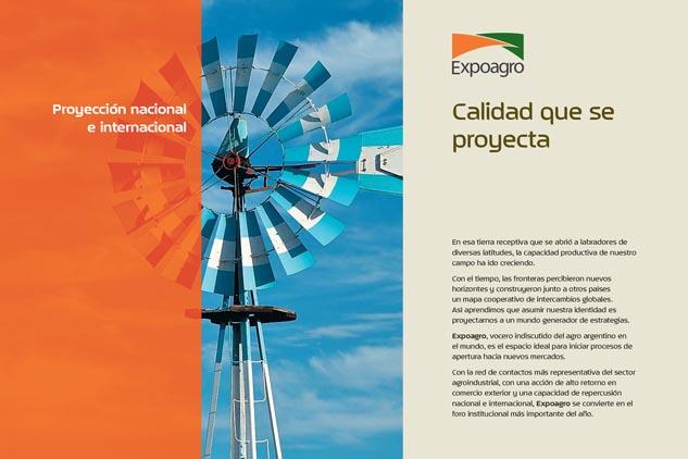 Doble página interna de la carpeta Expoagro Baradero con fotos en alta resolución del campo argentino de Marco Guoli