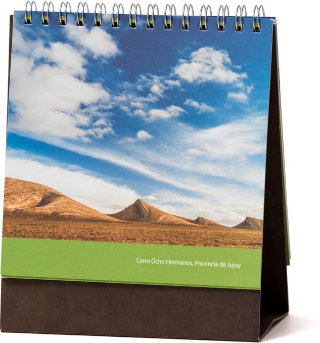 Página del Calendario CFI Consejo Federal de Inversiones, con una fotografía de Jujuy de Marco Guoli
