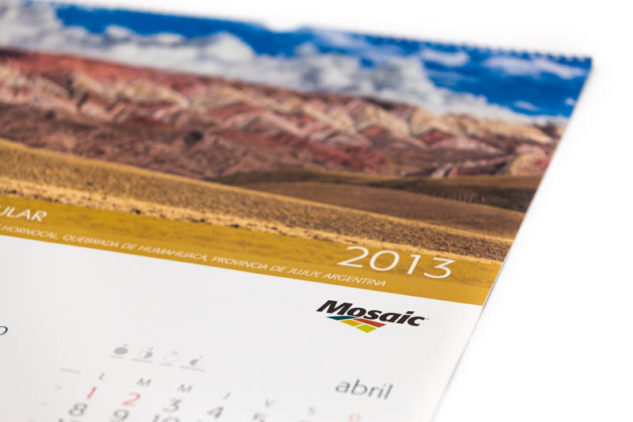 Calendario empresarial de pared Mosaic