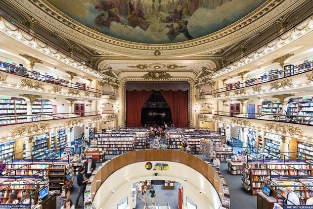 Arquitectura de interiores de la Libreria El Ateneo Grand Splendid, Buenos Aires, Argentina