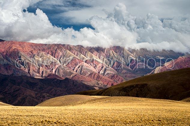 El mes de enero del Calendario Argentina 2020 con la Serranía del Hornocal, Quebrada de Humahuaca, Jujuy, Argentina