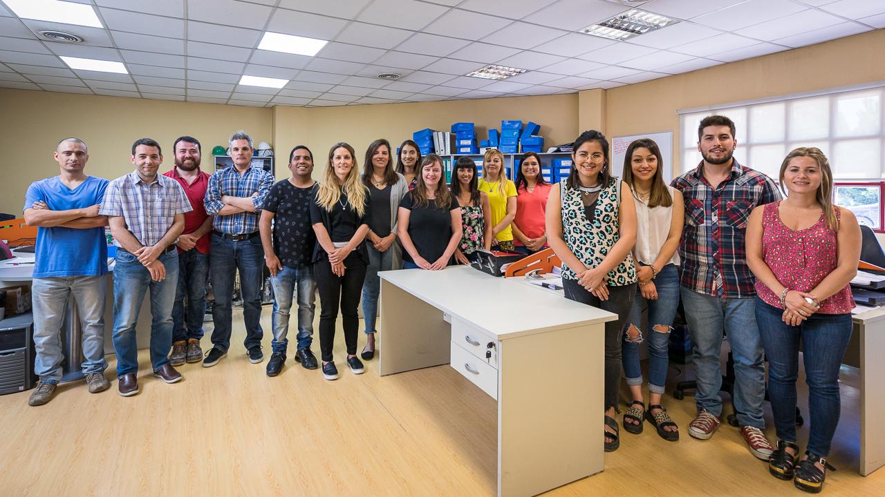 Foto retrato grupal para una empresa en Chubut, Argentina