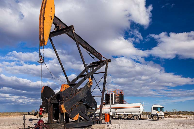 Servicio de Hot Oil de la empresa Clear Petroleum en un yacimiento en Chubut