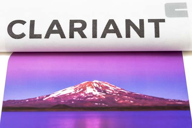 Imagen de una página del Calendario corporativo Clariant 2013 con FOTOGRAFIAS DEL BANCO DE IMAGENES DE MARCO GUOLI