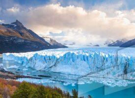 Foto en alta resolución de un paisaje de Argentina con el Glaciar perito Moreno al atardecer, Santa Cruz, Argentina