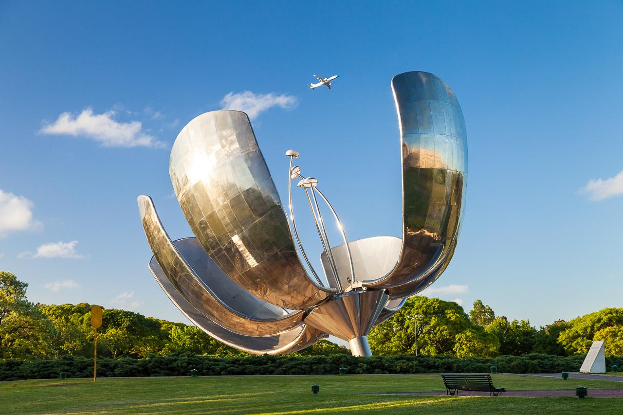 Fotografía de la arquitectura de la Floralis Genérica, Buenos Aires, Argentina