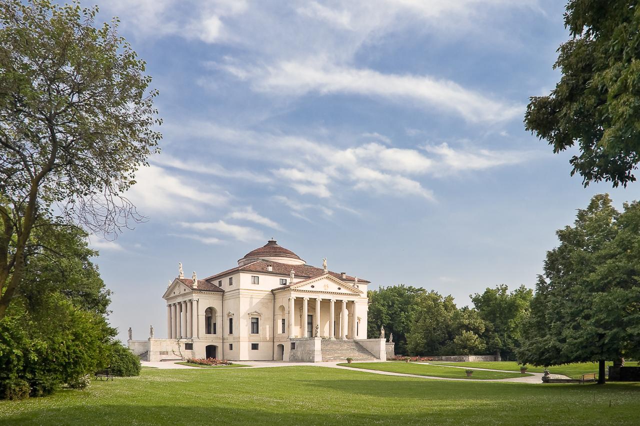 Fotografía de la arquitectura exterior de La Rotonda, Vicenza, Italia