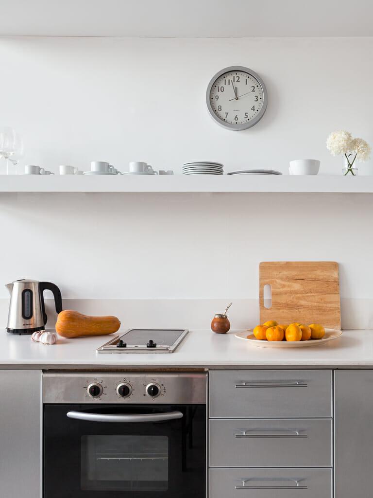 Foto de los interiores de una cocina departamento en Palermo, Buenos AIres, Argentina