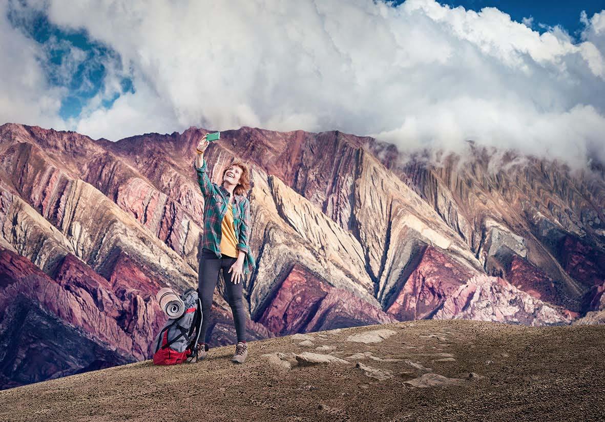 Fotografía en alta resolución del Banco de imógenes Marco Guoli de las serranías del Hornocal en Jujuy